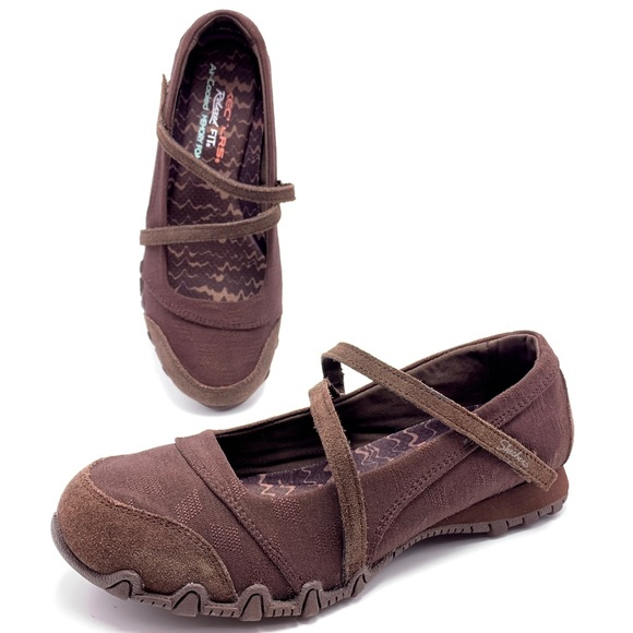 ever popular choose clearance outlet Skechers Relaxed Fit Memory Foam 8W Mary Janes